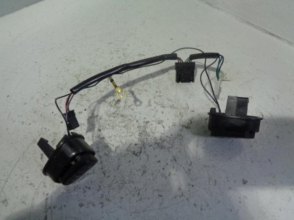 Discovery 2 Steering Wheel Horn Switches Pair Of Land Rover 1998 to 2004