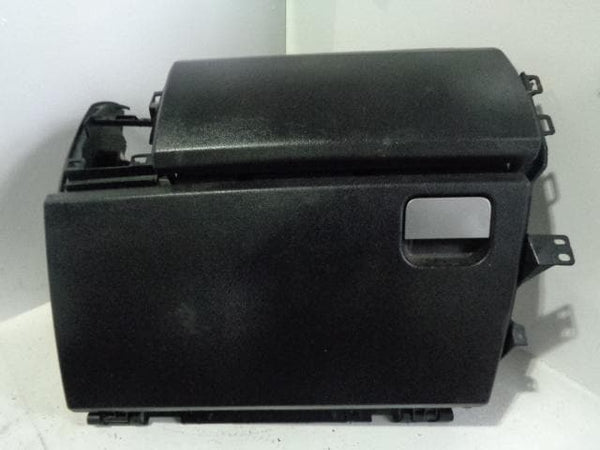 Discovery 3 Glove Box Upper and Lower in Black Land Rover 2004 to K10049 XXX