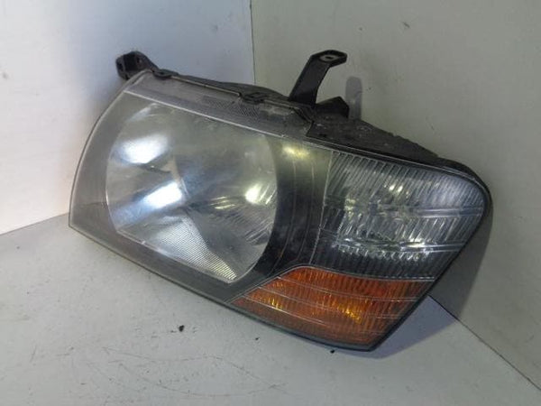 1999 - 2003 MITSUBISHI SHOGUN MK3 NEAR SIDE HEADLIGHT HEAD LAMP #24098