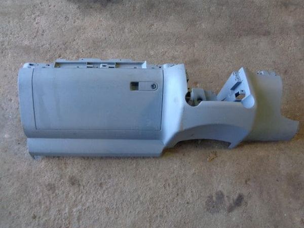 2002 - 2007 VOLKSWAGEN VW TOUAREG 7L GLOVE BOX AND SURROUND TRIM IN GREY #0702