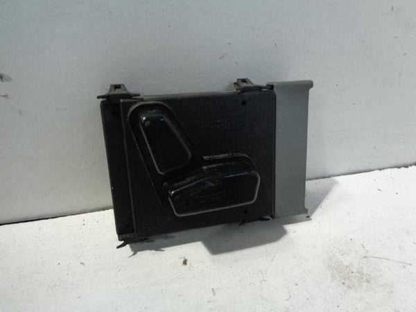 Jeep Grand Cherokee Electric Seat Adjustment Switch WK Off Side Front #S22118