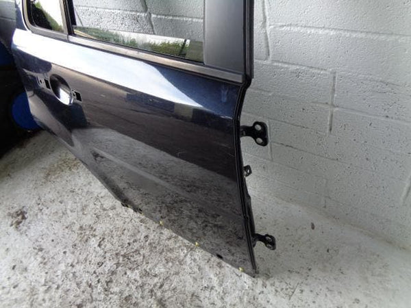 1998 - 2004 LAND ROVER DISCOVERY 2 CENTRE DASH FASCIA / DASHBOARD PANEL IN BLACK