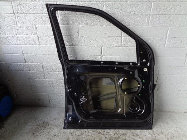 1998 - 2004 LAND ROVER DISCOVERY 2 INSTRUMENT SURROUND IN BLACK #0310