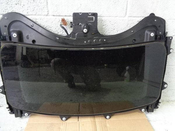 Discovery 3 Sunroof Complete With Motor Land Rover 2004 to 2009 K02010 XXX
