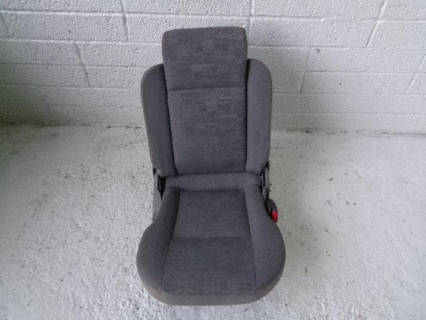 Discovery 2 Dickie Seat in Grey Cloth Off Side Right 1998 to 2004 Land Rover 011