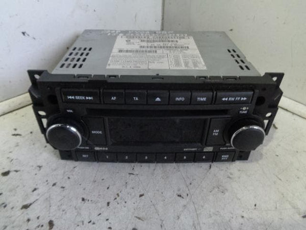 2005 - 2010 JEEP GRAND CHEROKEE WK STEREO RADIO CD PLAYER HEAD UNIT P05064067AE