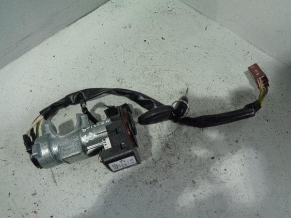 Discovery 2 Ignition Barrel and 2 Keys with Immobiliser Coil Land Rover B22109