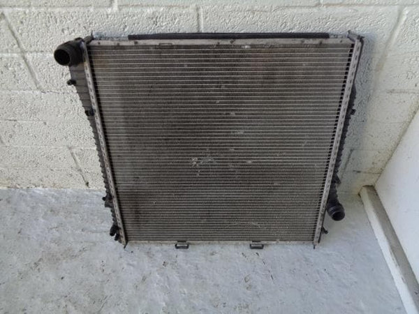 BMW X5 Radiator Water Cooling 4.8is V8 Petrol E53 Automatic N62B4B 04 to 06