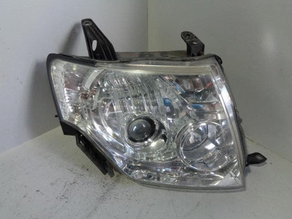 Mitsubishi Shogun Headlight Halogen Off Side Mk4 2006 to 2018 P21089