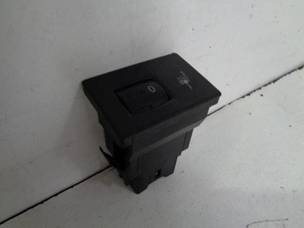2002 - 2007 VOLKSWAGEN TOUAREG 7L HEATED SEAT SWITCH