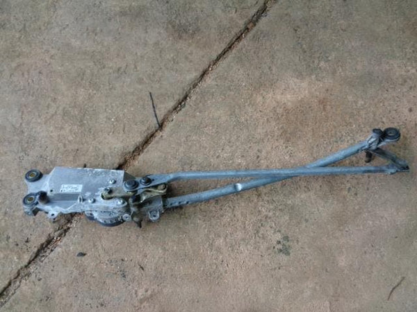2002 - 2007 VW VOLKSWAGEN TOUAREG 7L FRONT WIPER MOTOR AND LINKAGE 7L0955023Q