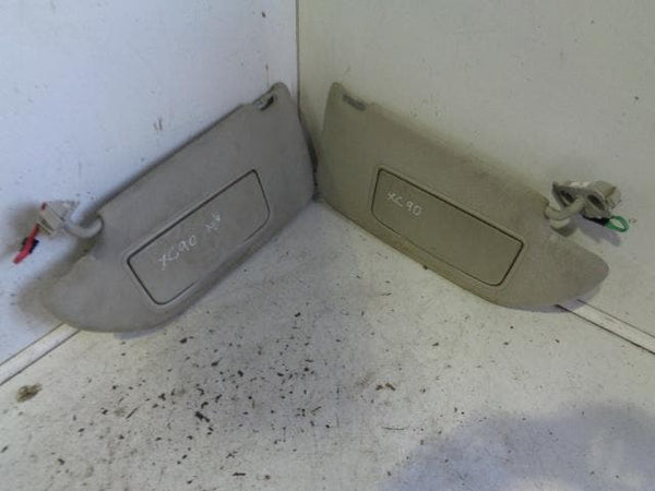2002 - 2009 VOLVO XC90 PAIR OF SUN VISORS WITH MIRRORS AND BACK LIGHTS #2802