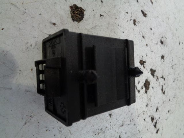 LAND ROVER DISCOVERY 2 HEATED FRONT SEAT RELAY AWR5160 XXX