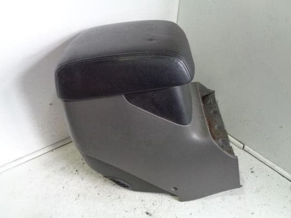 1999 - 2006 MITSUBISHI SHOGUN BLACK LEATHER CENTRAL ARM REST HEAT CONTROL #1204
