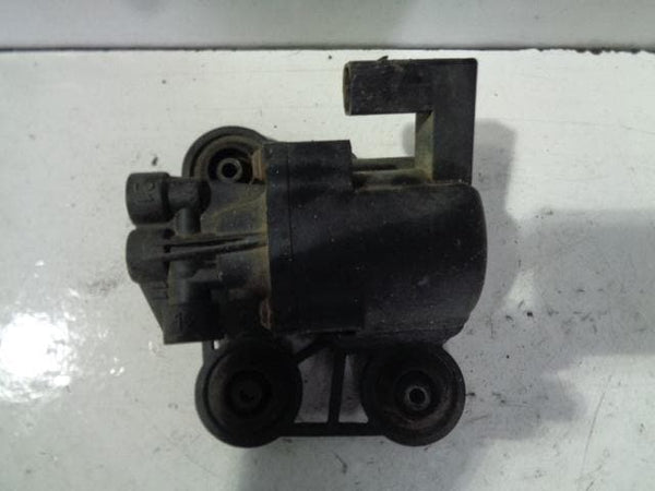 Range Rover L322 Valve Block Front Air Suspension (2002-2005)