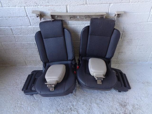 Discovery 2 Dickie Seats Pair 3rd Row Black Leather Land Rover (1998-04) #0. XXX