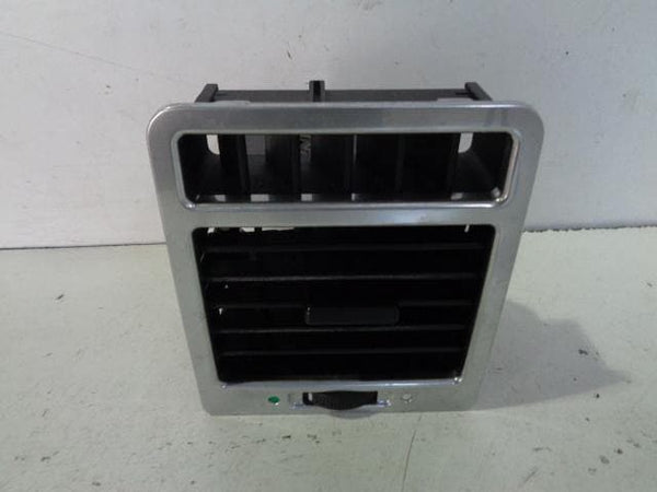 2002 - 2006 RANGE ROVER L322 RIGHT SIDE FRONT AIR VENT IN SILVER #LHD
