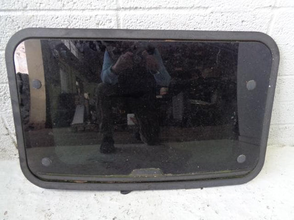 Discovery 2 Sunroof Front or Rear Land Rover 1998 to 2004 B05129 XXX