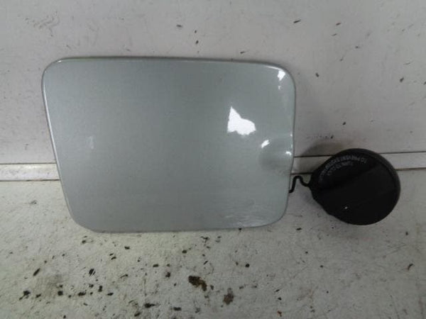 2002 - 2006 VOLVO XC90 FUEL FLAP AND CAP IN CRYSTAL GREEN PEARL 456-45