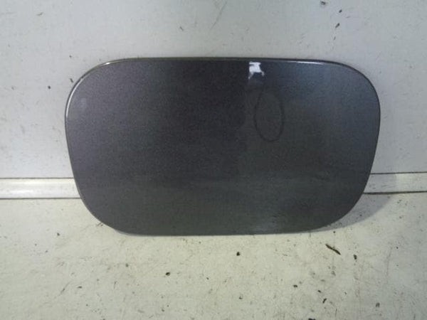 2004 - 2009 LAND ROVER DISCOVERY 3 FUEL FLAP IN BONATTI GREY 659