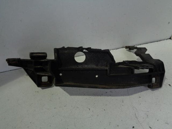 Range Rover L322 Front Bumper Support Bracket Off Side (2002-2006) #B09019