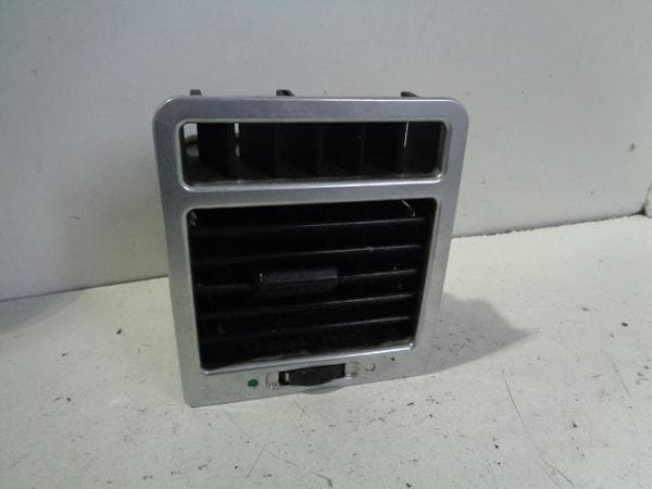 Range Rover L322 Front Air Vent Off Side (2002-2006) #B09019 XXX