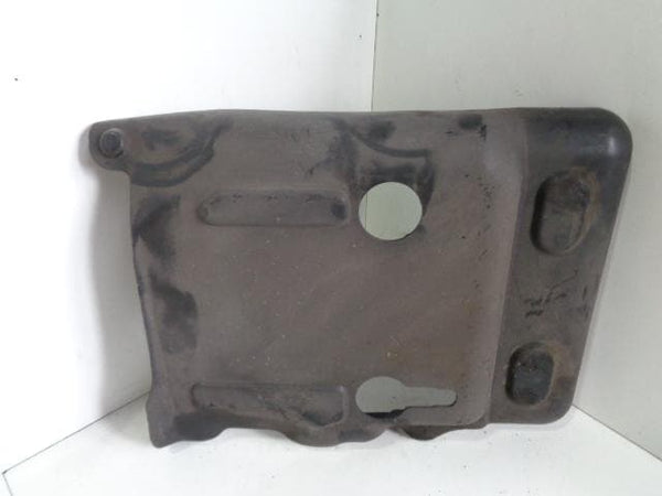 2003 - 2007 PORSCHE CAYENNE 955 NEAR SIDE TOP FUEL TANK COVER 7L0201979