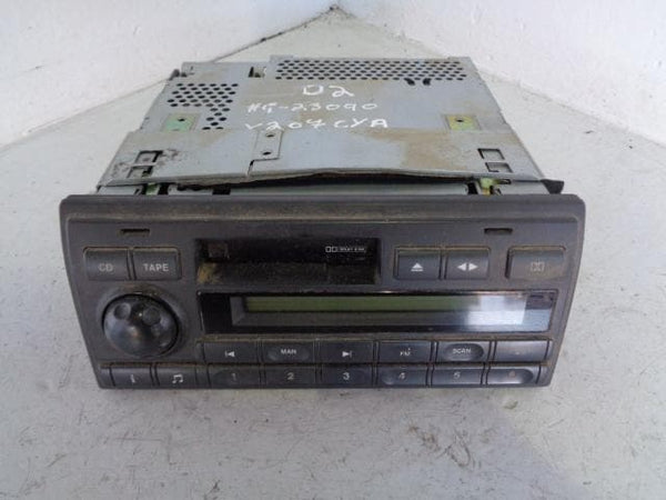 Discovery 2 Stereo Head Unit Radio Cassette Player XQD000110LNF Alpine G2 XXX