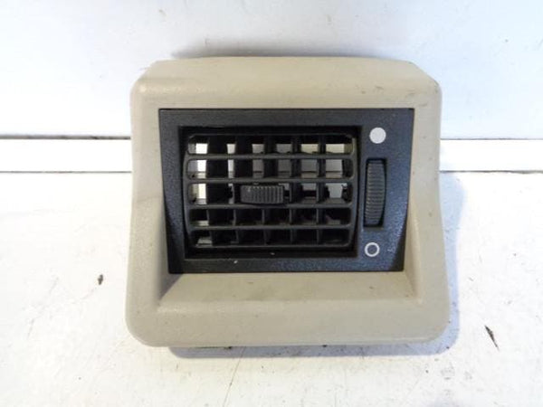 1998 - 2004 LAND ROVER DISCOVERY 2 ES REAR HEADLINING ROOF AIR VENTS