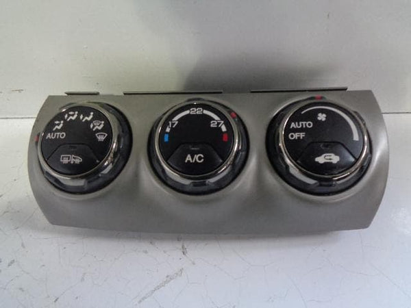 Honda CR-V Heater Controls Air Con A/C Panel 2.2 i-CTDi (2002-2006) #B11039