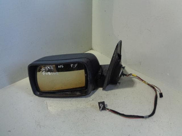 Range Rover L322 Mirror Near Side Electric Powerfold Puddle Light P29109