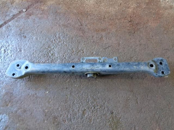 02 - 2007 VOLKSWAGEN VW TOUAREG 7L TRANSMISSION CROSS MEMBER MOUNT #10108
