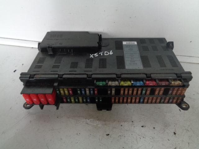 2001 2006 bmw x5 e53 3 0d fuse box with fuses as pictured rh gentlemenofsalvage co uk