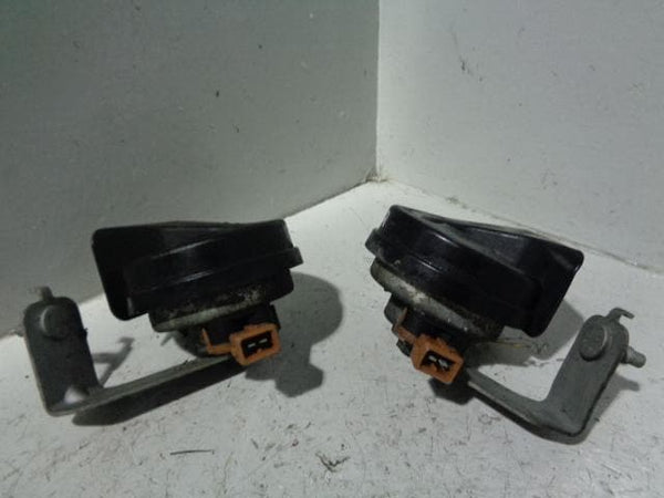 Freelander 1 Horns Pair Two Tone Hi and Low Land Rover 2001 to 2006