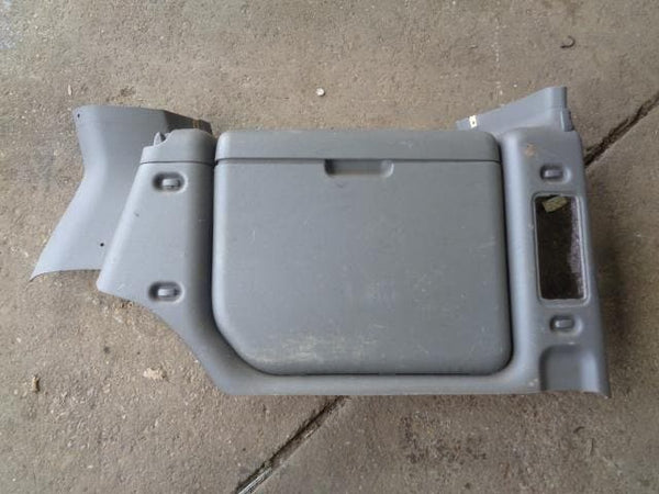 1998 - 2004 LAND ROVER DISCOVERY 2 OFF SIDE BOOT REAR STORAGE BIN #23088