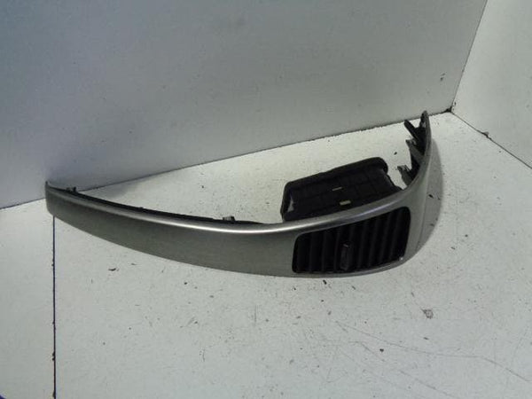 Kia Sorrento Dashboard Vent Surround Trim Silver Near Side Dash (02-06) #B17019