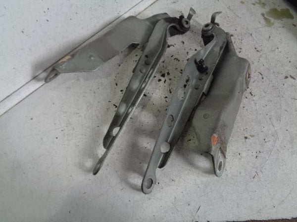 2002 - 2006 VOLVO XC90 PAIR OF BONNET HINGES IN SILVER
