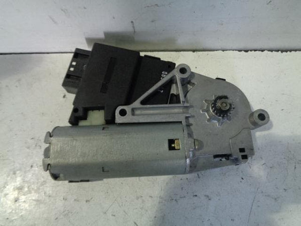 BMW X5 Sunroof Motor E53 (2001-2006) #B04128
