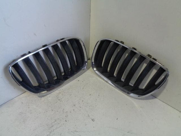 BMW X5 Kidney Grilles Pair In Chrome E53 Facelift (2004-2006) #B04128