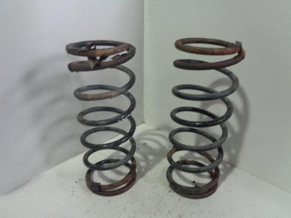 Discovery 2 Front Coil Springs Pair Of Td5 and V8 Land Rover 1998 to 2004 B05099