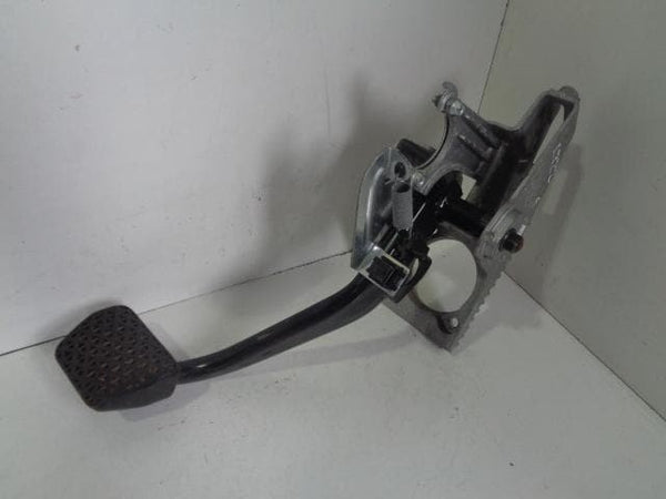 2002 - 2006 RANGE ROVER L322 AUTOMATIC BRAKE PEDAL ASSEMBLY SKB000181