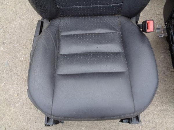 2004 - 2009 LAND ROVER DISCOVERY 3 SET OF MANUAL BLACK LEATHER SEATS #25108