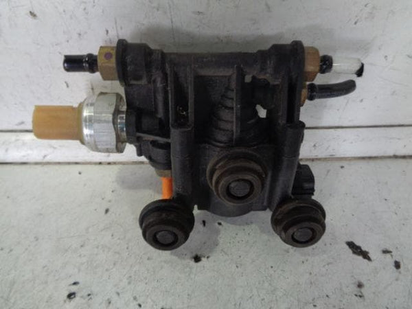 2009 - 2012 RANGE ROVER SPORT L320 CROSS OVER RELIEF TRANSFER VALVE