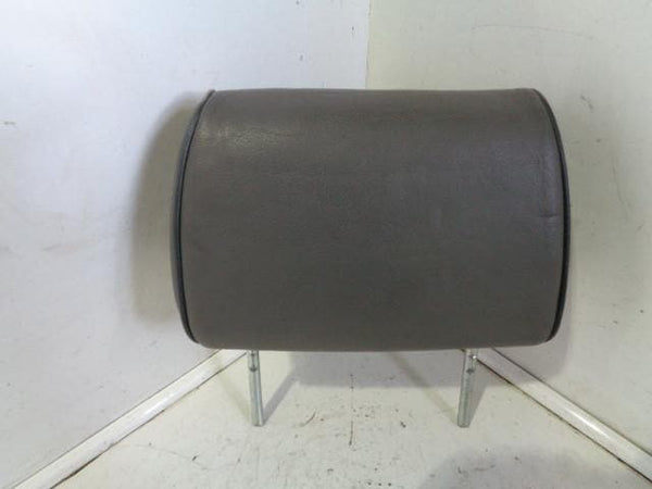 1998 - 2004 LAND ROVER DISCOVERY 2 REAR HEAD REST IN GREY LEATHER