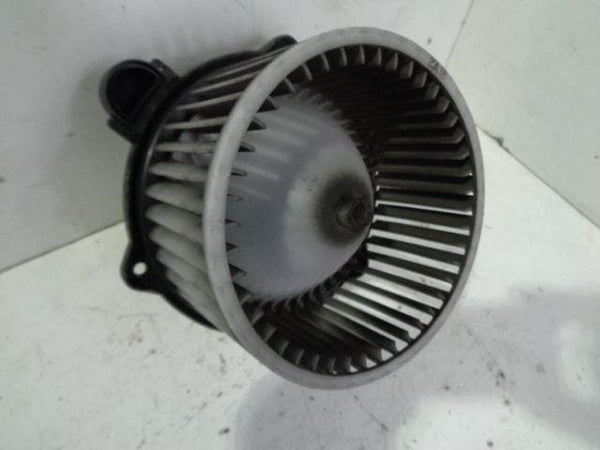 2003 - 2006 KIA SORENTO HEATER AND AIR CON BLOWER FAN AND MOTOR