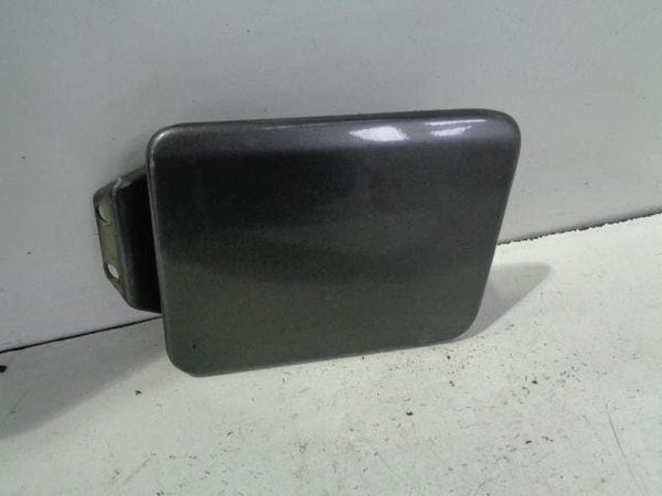 Discovery 2 Fuel Flap Filler Bonatti Grey 659 Land Rover (1998-2004) #P22019