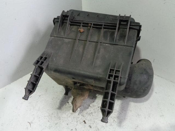 Discovery 2 Air Box Filter Housing TD5 15p Land Rover 2002 to 2004 B02109 XXX