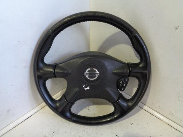 01- 07 NISSAN X-TRAIL T30 LEATHER STEERING WHEEL WITH STEREO CONTROLS #2605