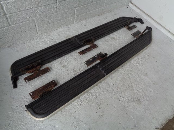 Discovery 3 Side Steps Running Boards Pair Of Land Rover 2004 to 2009 K09070