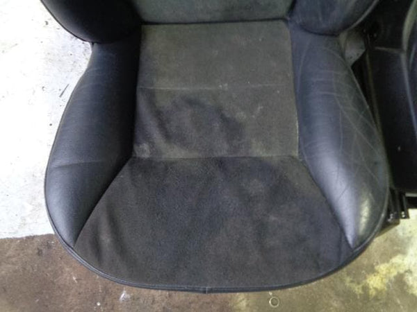 Discovery 2 Seats Black Manual Half Leather & Alcantara x5 (1998-2004) #10019
